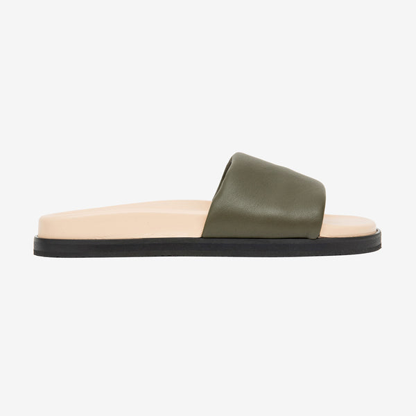 One strap leather sandal green