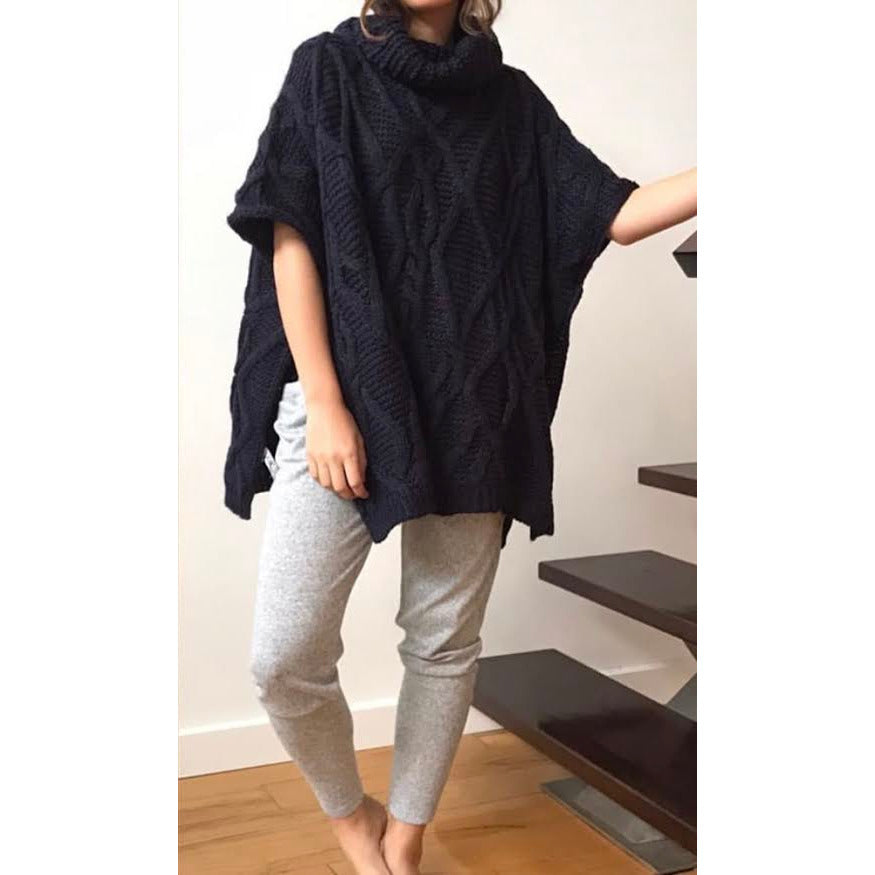 romi cable knit poncho - navy - kl276