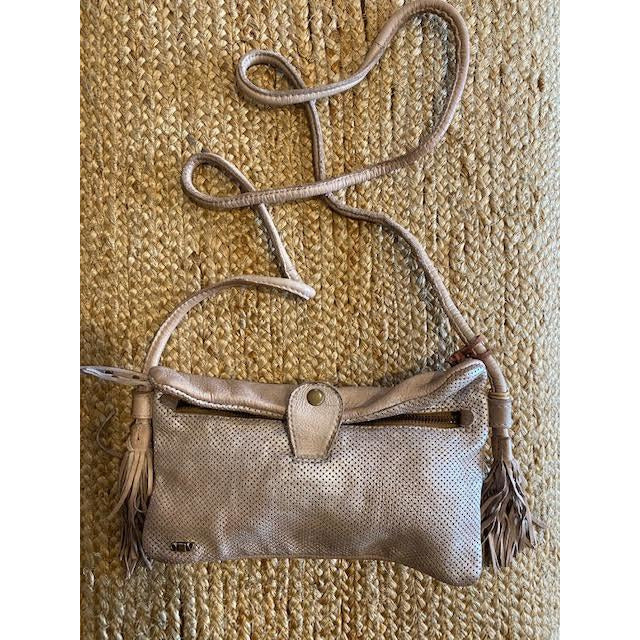 satine foldover leather bag - taupe - w2038