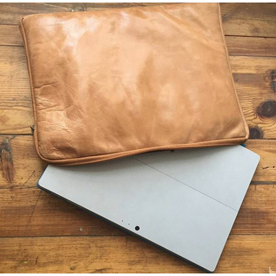 "Shaz Laptop Sleeve 107-15"" - Cognac - 15"""
