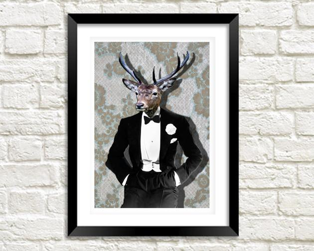 MR DEER: stampa artistica di Fun Black Tie Animal Man