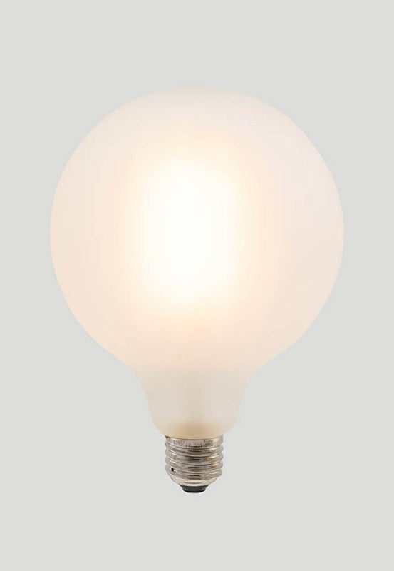 G125 LED Filament - Porcelain Frosted - 10W E27 2700k
