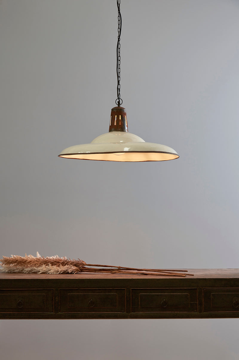 Zetland Large - Old White - Enamelled Iron Dish Pendant Light