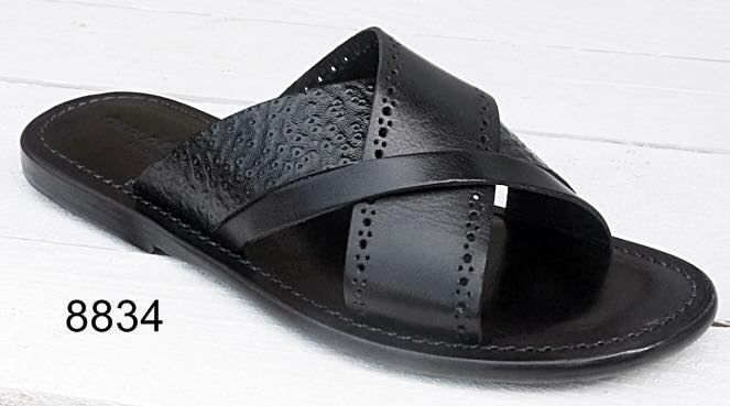 100% Made in Italy Black Cross Strap Sandals