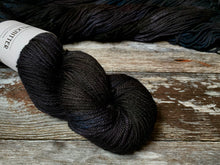 Load image into Gallery viewer, Merino DK - Black Dog