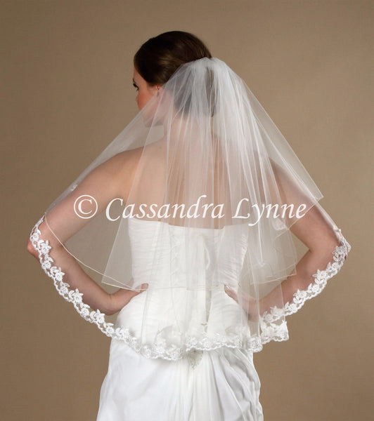 Bridal Veil with Partial Lace Trim 2T