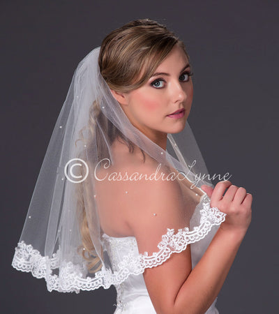 Lace Wedding Veil with Scattered Pearls