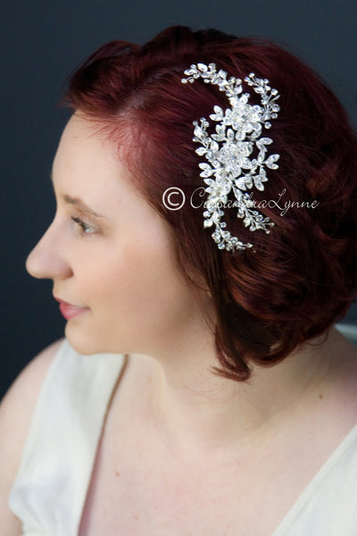 Wedding hair comb of silver leaves and rhinestones