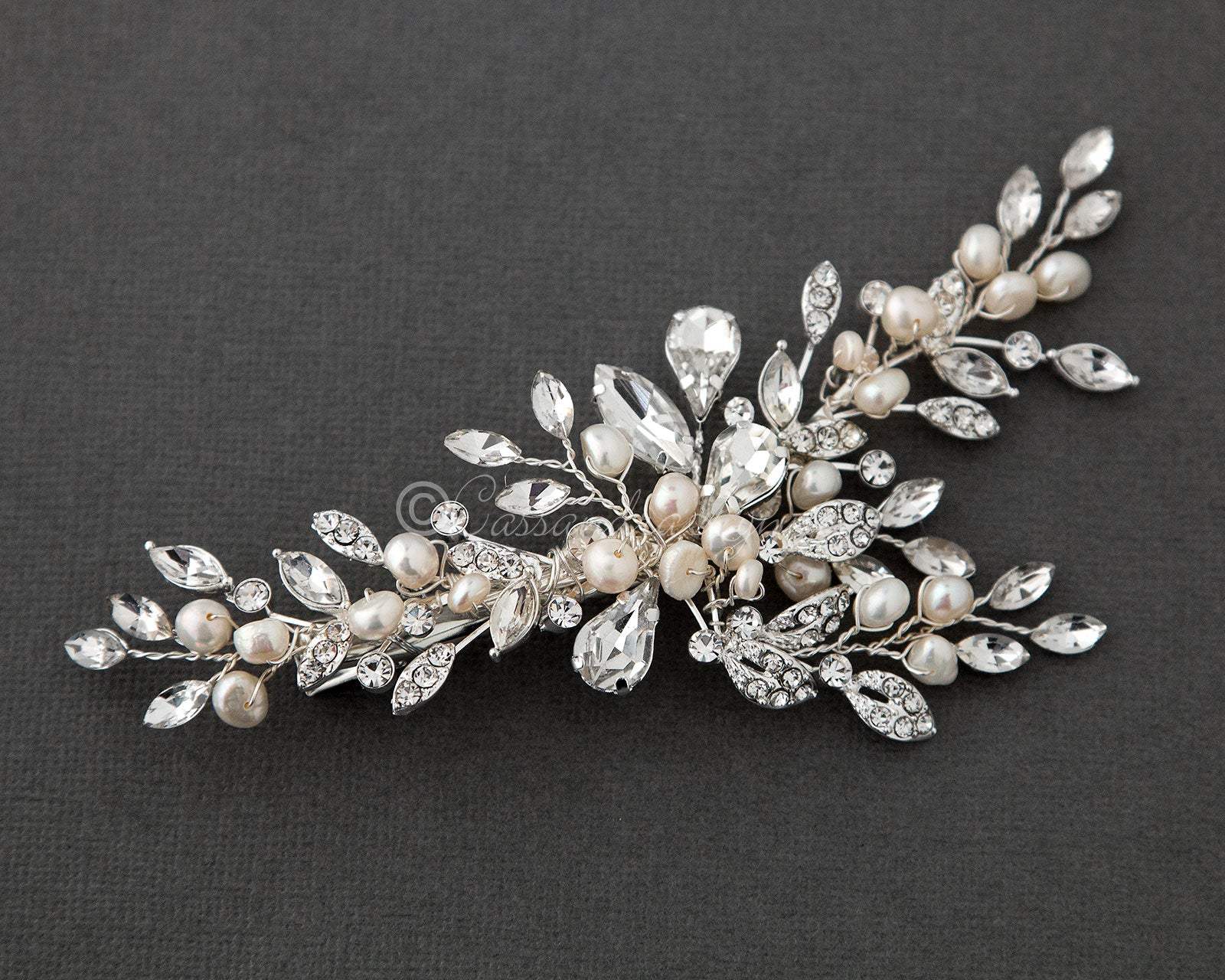 Pearl Bridal Hair Clip of Crystal Leaf and Pearl