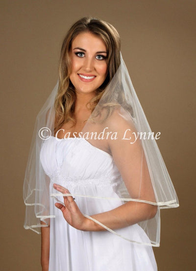 2 Tier Bridal Veil with tiny Lace Trim