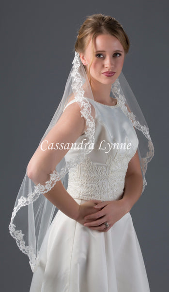 Circular Fingertip Bridal Veil With Lace Trim Cassandra