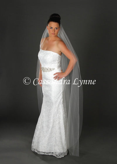 Floor Length Cut Edge Wedding Veil