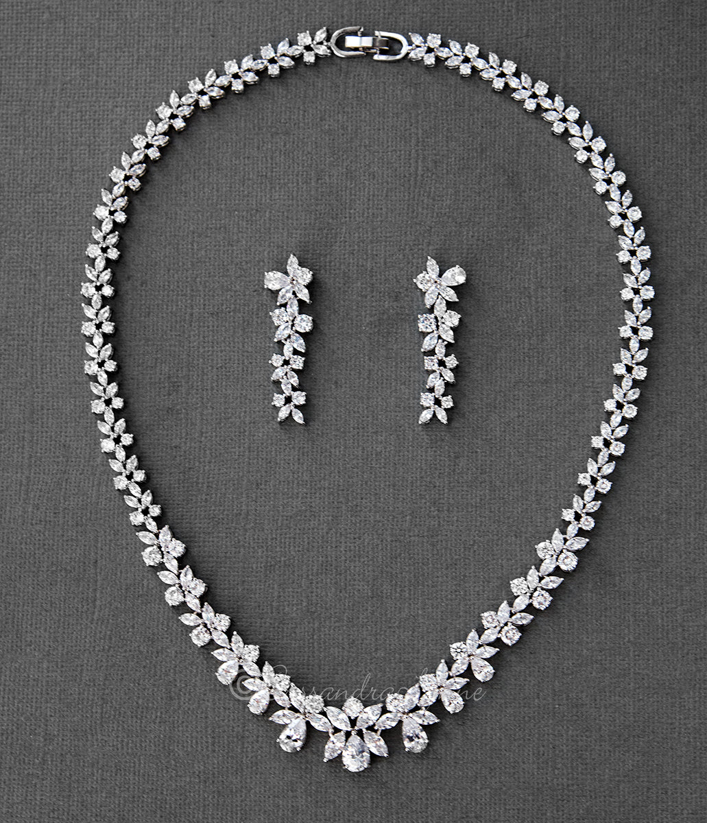 Bridal Necklace Set of Graduated Teardrops