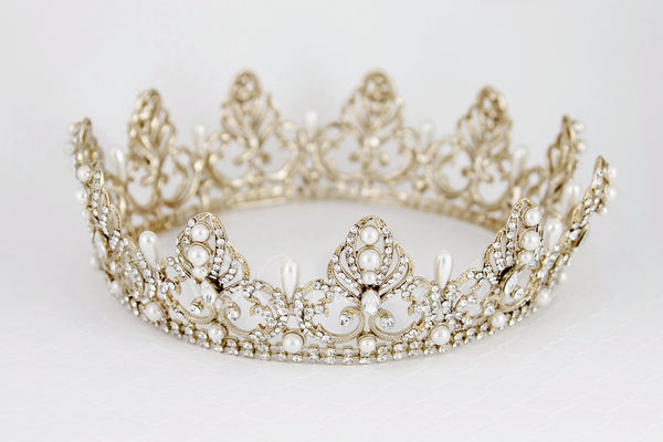 Full Circle Wedding Crown With Teardrop Pearls Cassandra