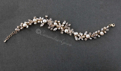 Bracelet with Freshwater Pearls and Crystals
