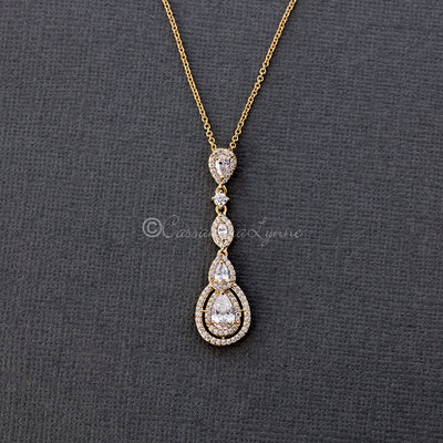 Vintage CZ Pendant Necklace in Gold
