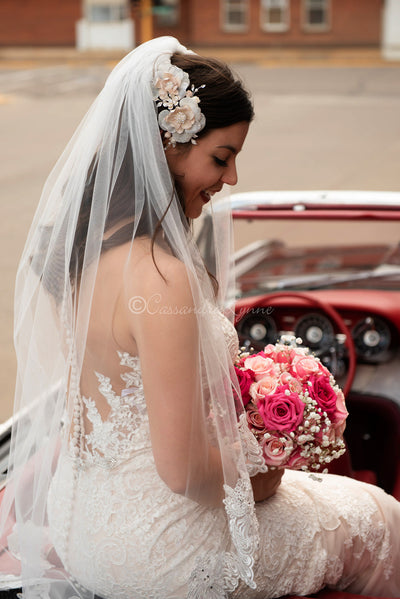 "45"" Bridal Veil with Lace and Rhinestones"