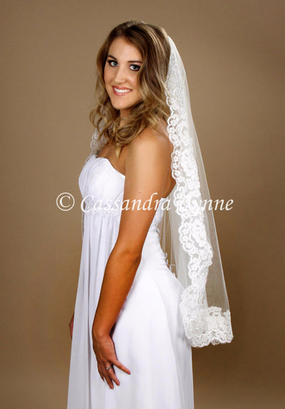 Fingertip Lace Wedding Veil