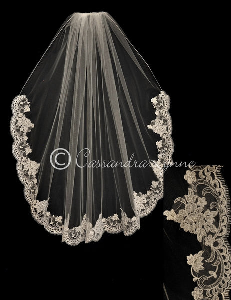 Bridal Veil with Pearl Beaded Flower Lace