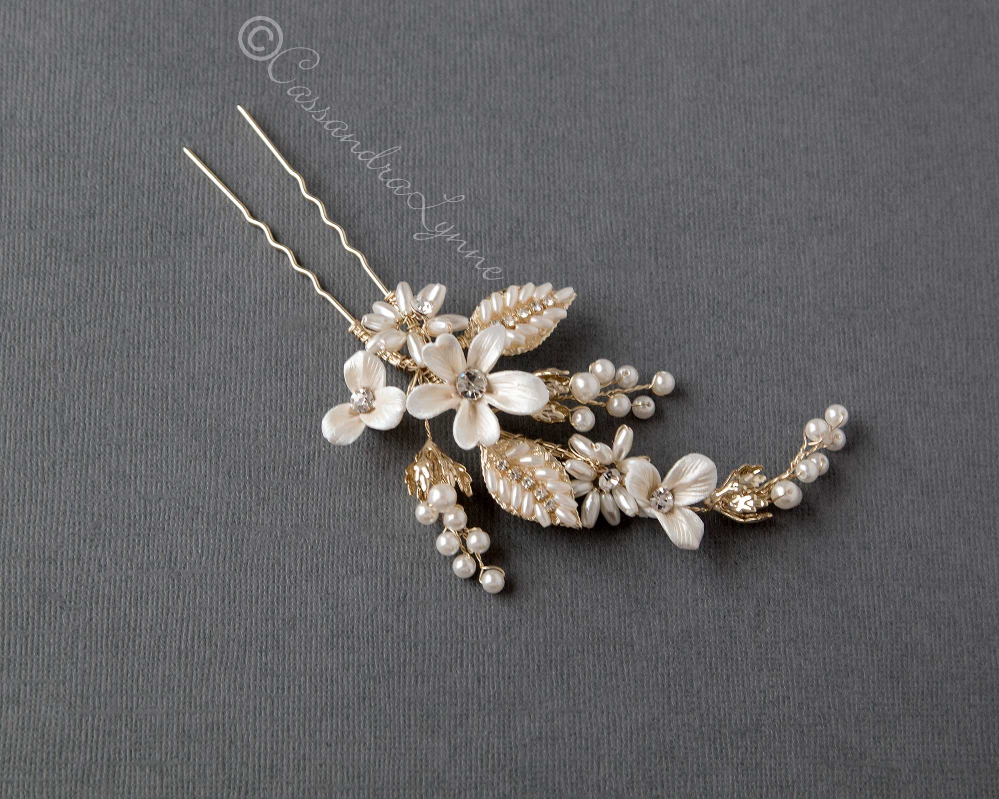 Light Gold Oat Pearl and Porcelain Bridal Hair Pin