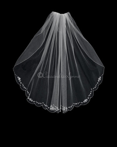 34 Inch Flower Sequin Scalloped Bridal Veil