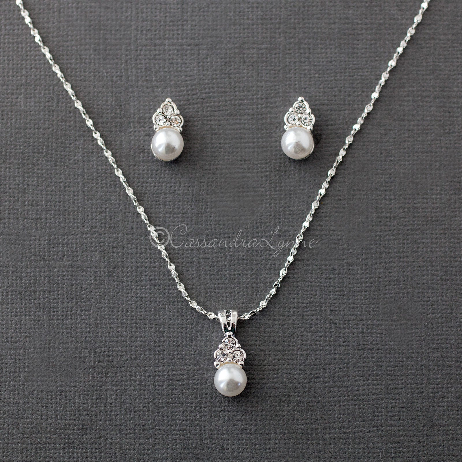 Pearl Wedding Necklace Set with Crystals