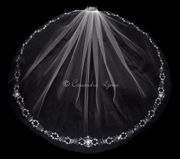 Bridal Veil with Marquise Jewel and Pearl Design