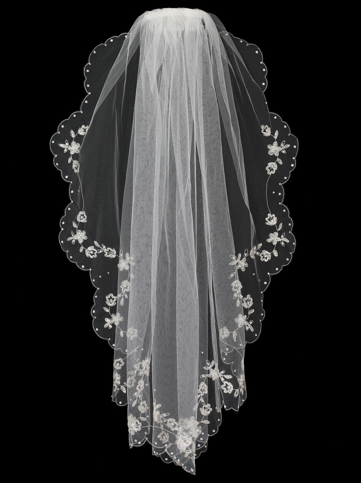 Scalloped Flower Embroidered Fingertip Veil