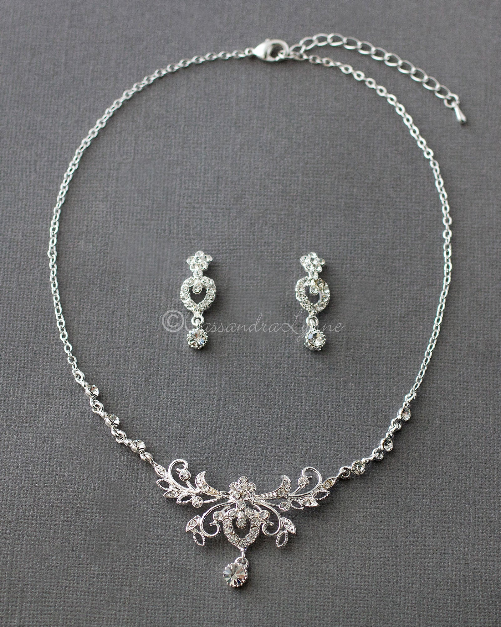 scrolling flower bridal necklace set
