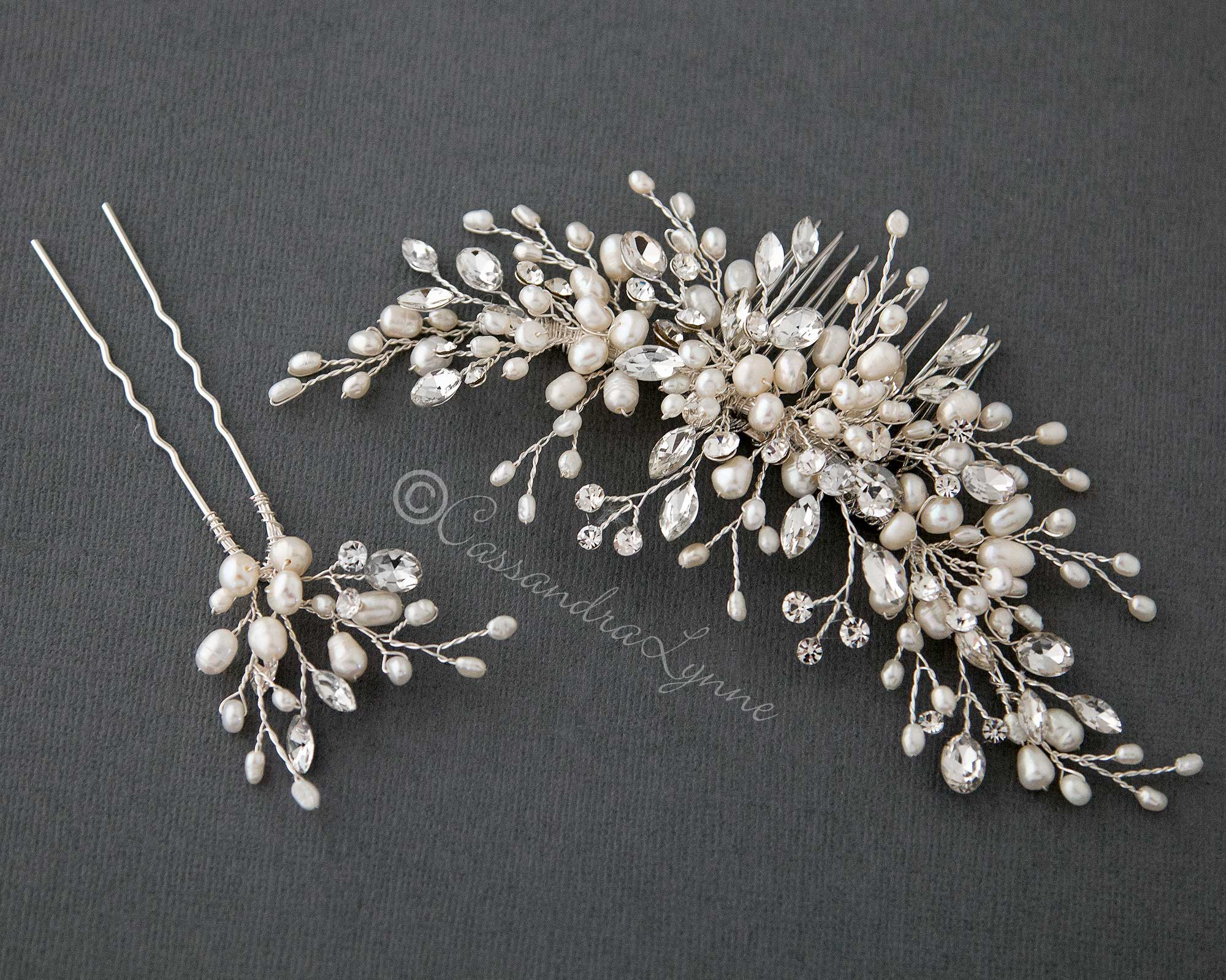 Ivory Pearl Wedding Hair Comb and Pin Set