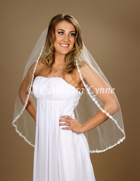 "36 Inch Bridal Veil with 1/2"" Floral Lace Trim"