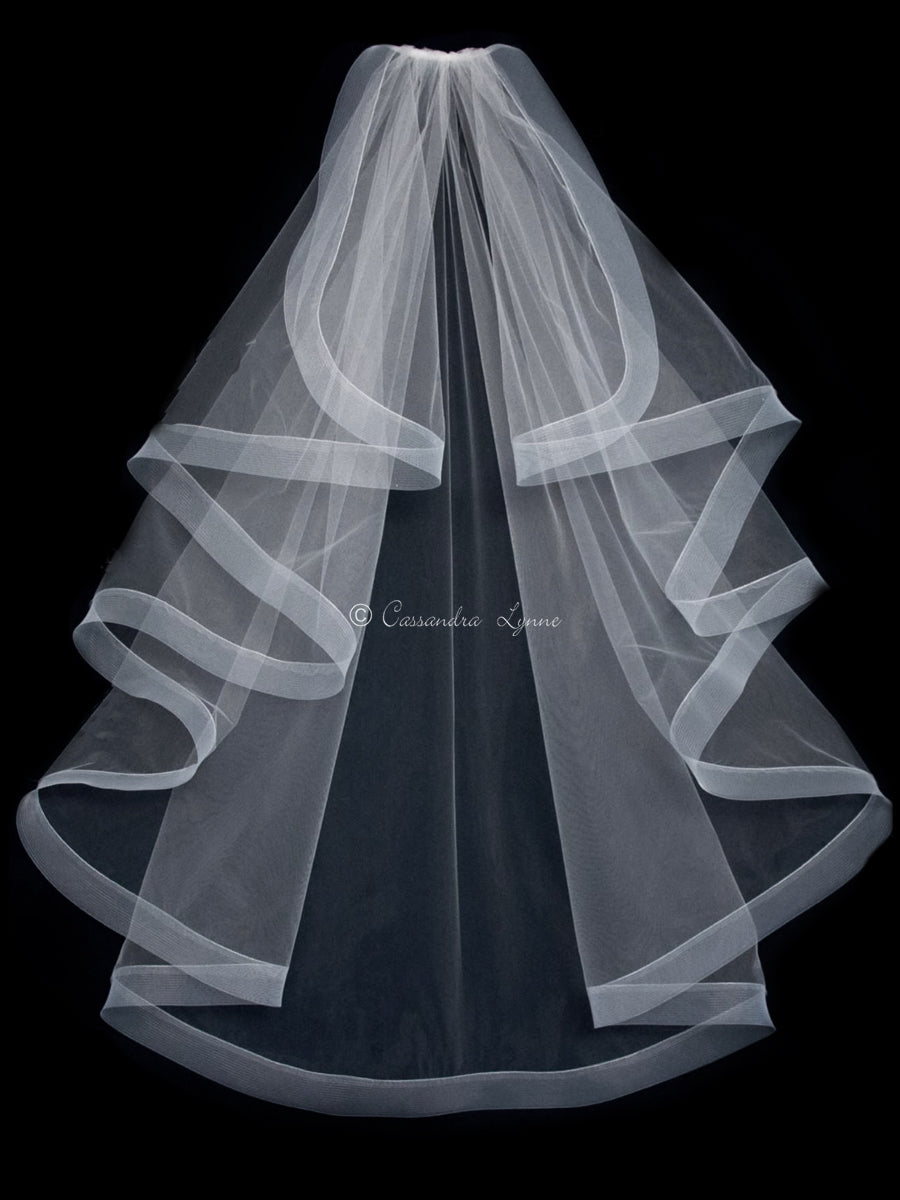 "Waterfall wedding veil with 2"" horsehair ribbon"