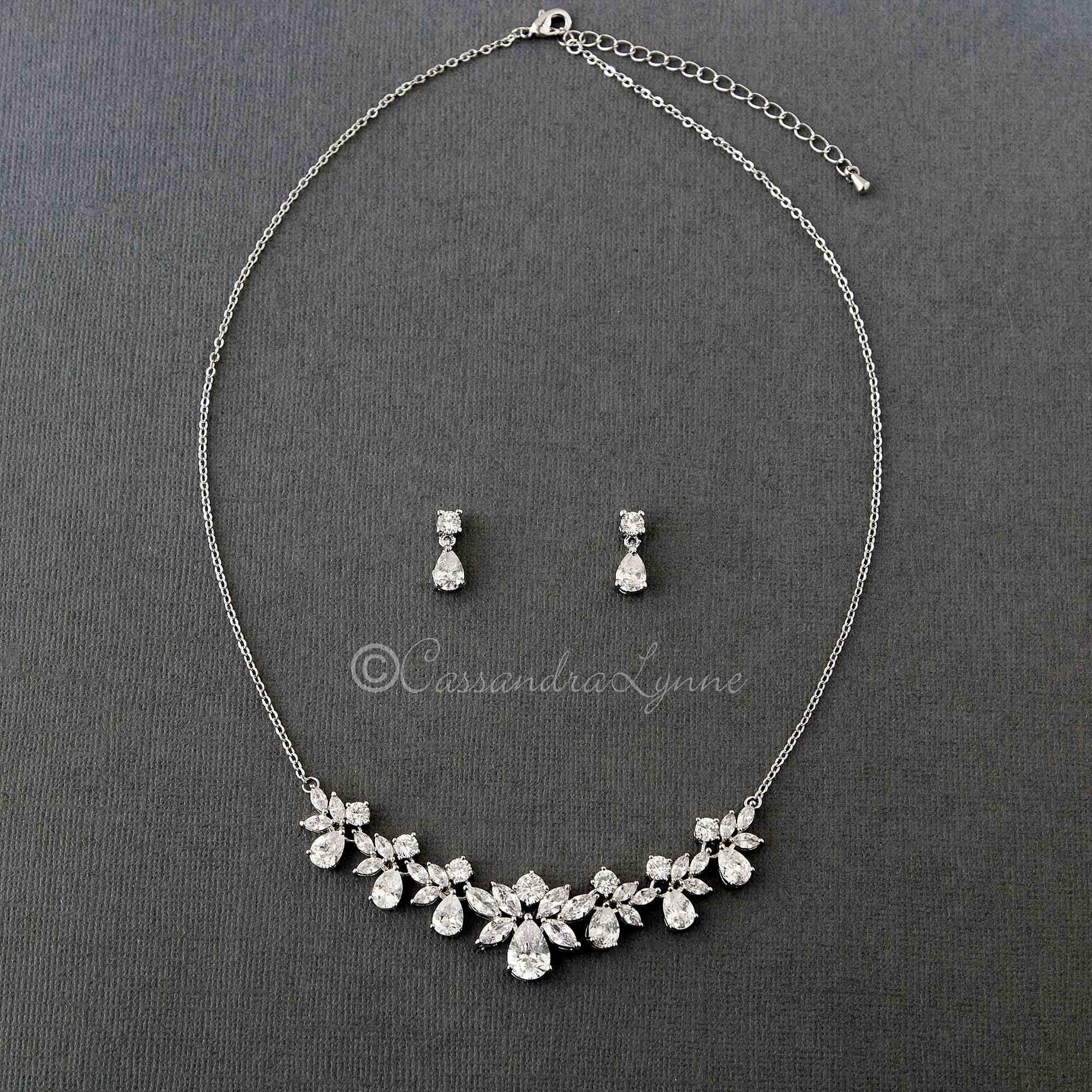 Pear Drops and CZ Leaves Necklace Set