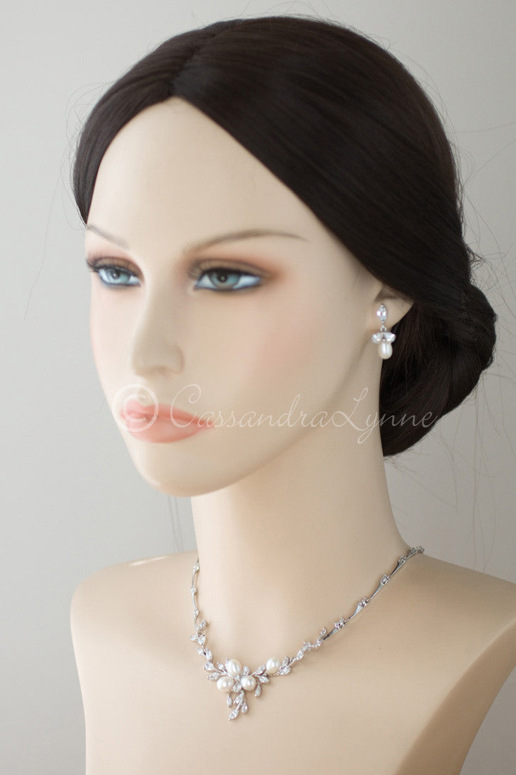 Bridal Jewelry Set with Pearl Flower