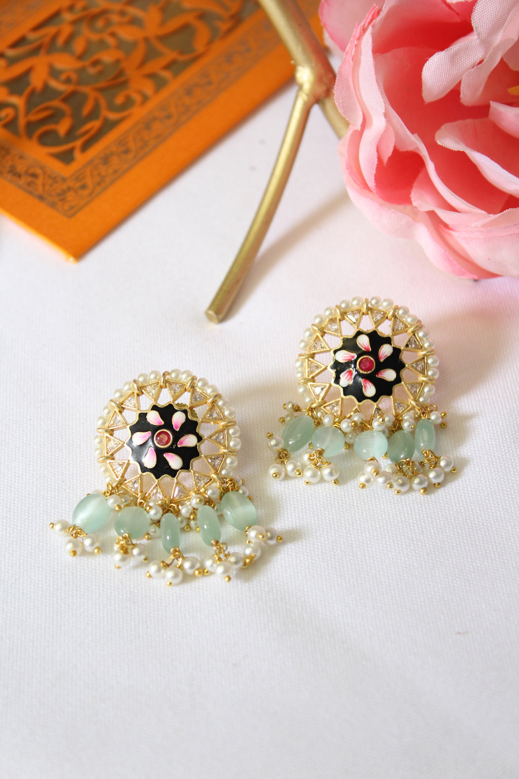 Round floral meenakari with sea green beads & pearls