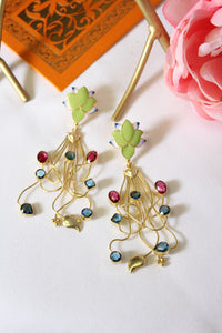Floral meenakari stud with semi precious stones in abstract pattern