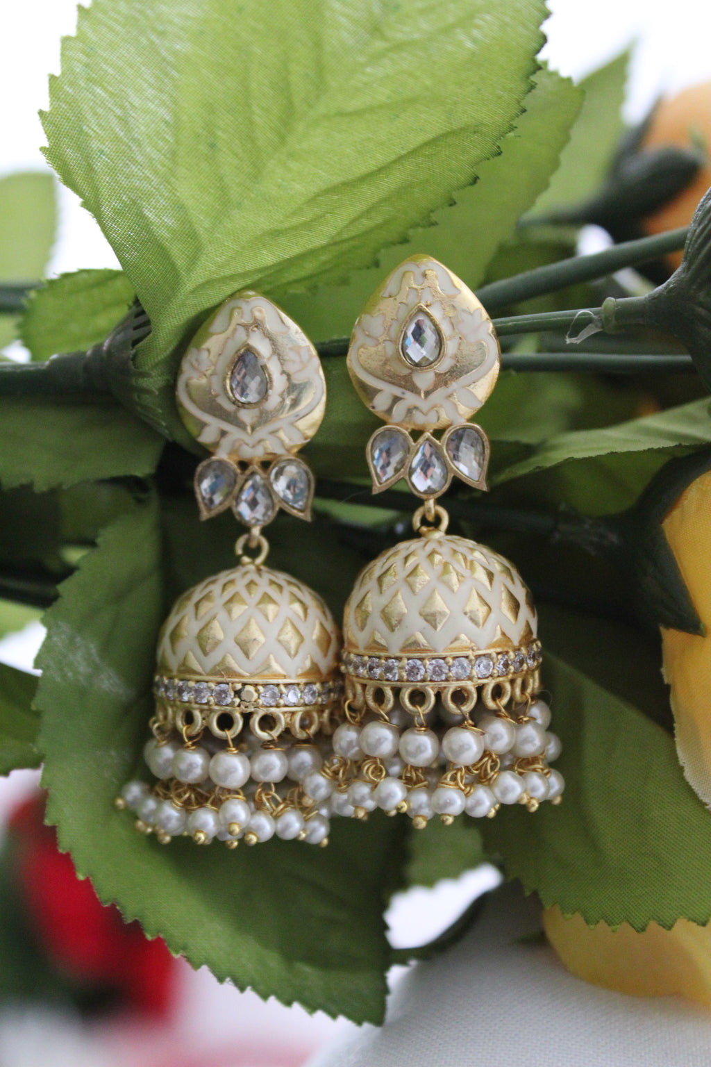 Gold & white jhumki with white dangling pearl beads and kundan