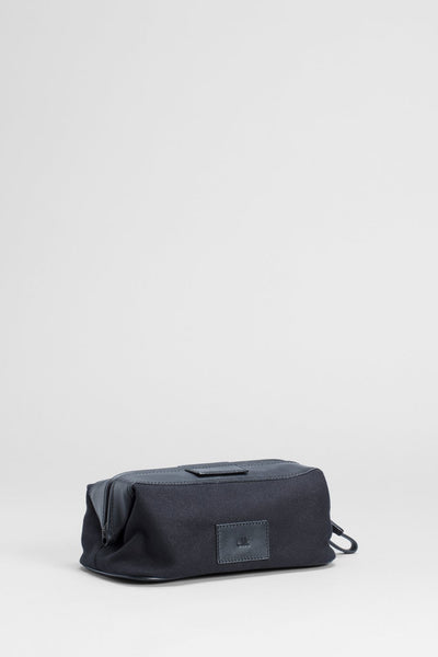 Striga Toiletry Bag