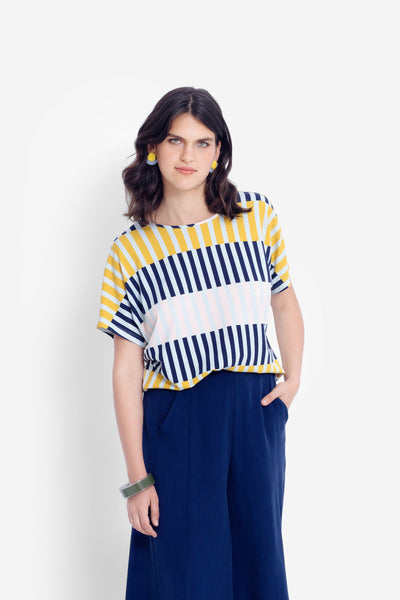 Valby T-Shirt Model Front | NAVY STRIPE MIX
