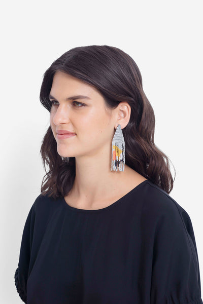 Malou Beaded Earrings Model GREY