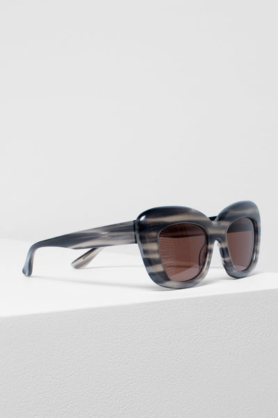 Kittan Exaggerated Cat-Eye Sunglasses Side Angled | Black
