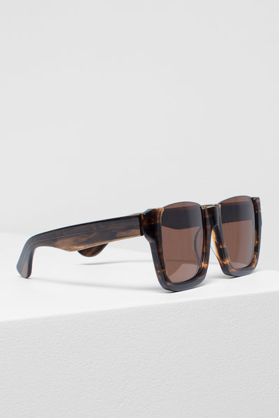 Dordi Square Shape Sunglasses Side Angled Tortoise Shell