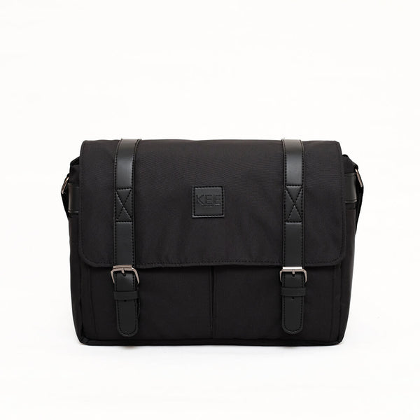 Mantis 2.0 Camera Messenger Bag Black-KEE INDONESIA