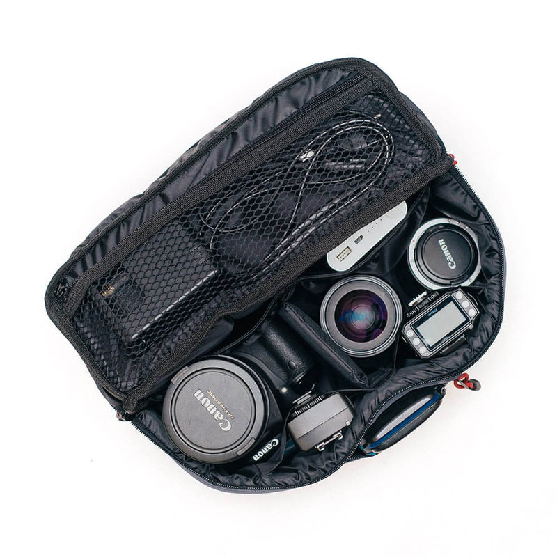 {KEE INDONESIA}-{Beetle Camera Sling Bag Black}-{Beetle Edition}
