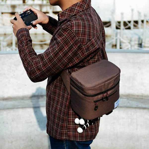 {KEE INDONESIA}-{Baby Beetle Camera Sling Bag Brown}-{Baby Beetle Edition}