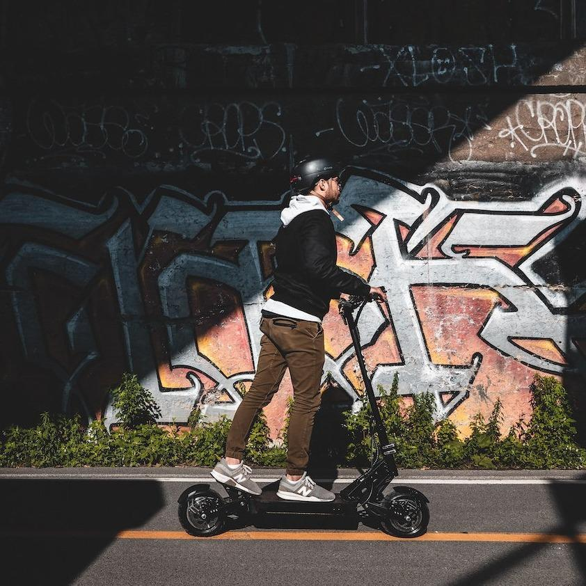 apollo ghost dual motor high performance electric scooter