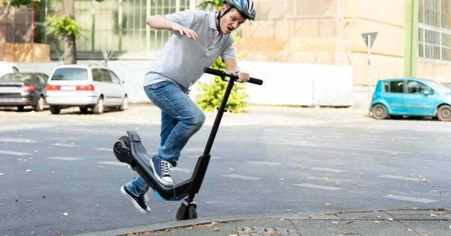 electric scooter helmet avoid accident
