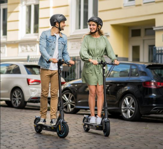 segway ninebot max g30p scooter ride