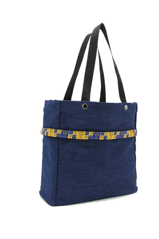 Clear stadium bag with West Virginia Mountaineers sleeve