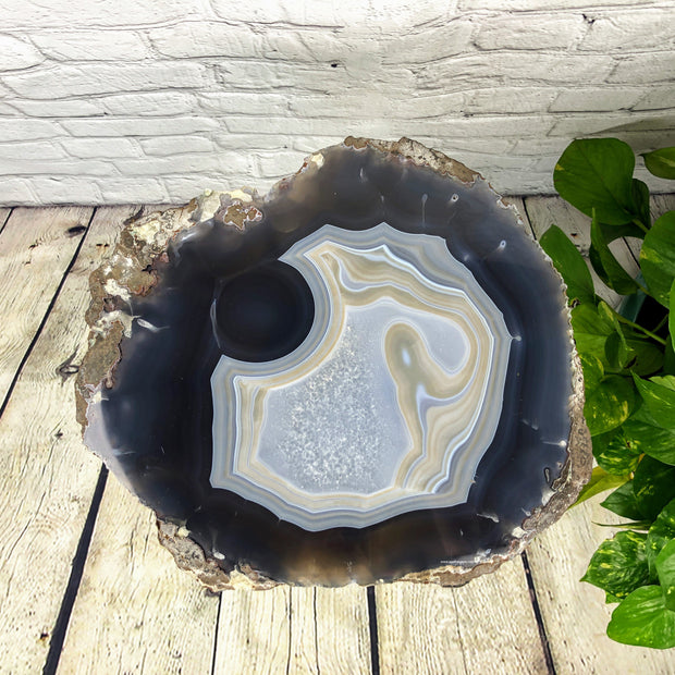 "Natural Brazilian Agate side table, single slice on black metal base, 22"" tall (1305-0015)"